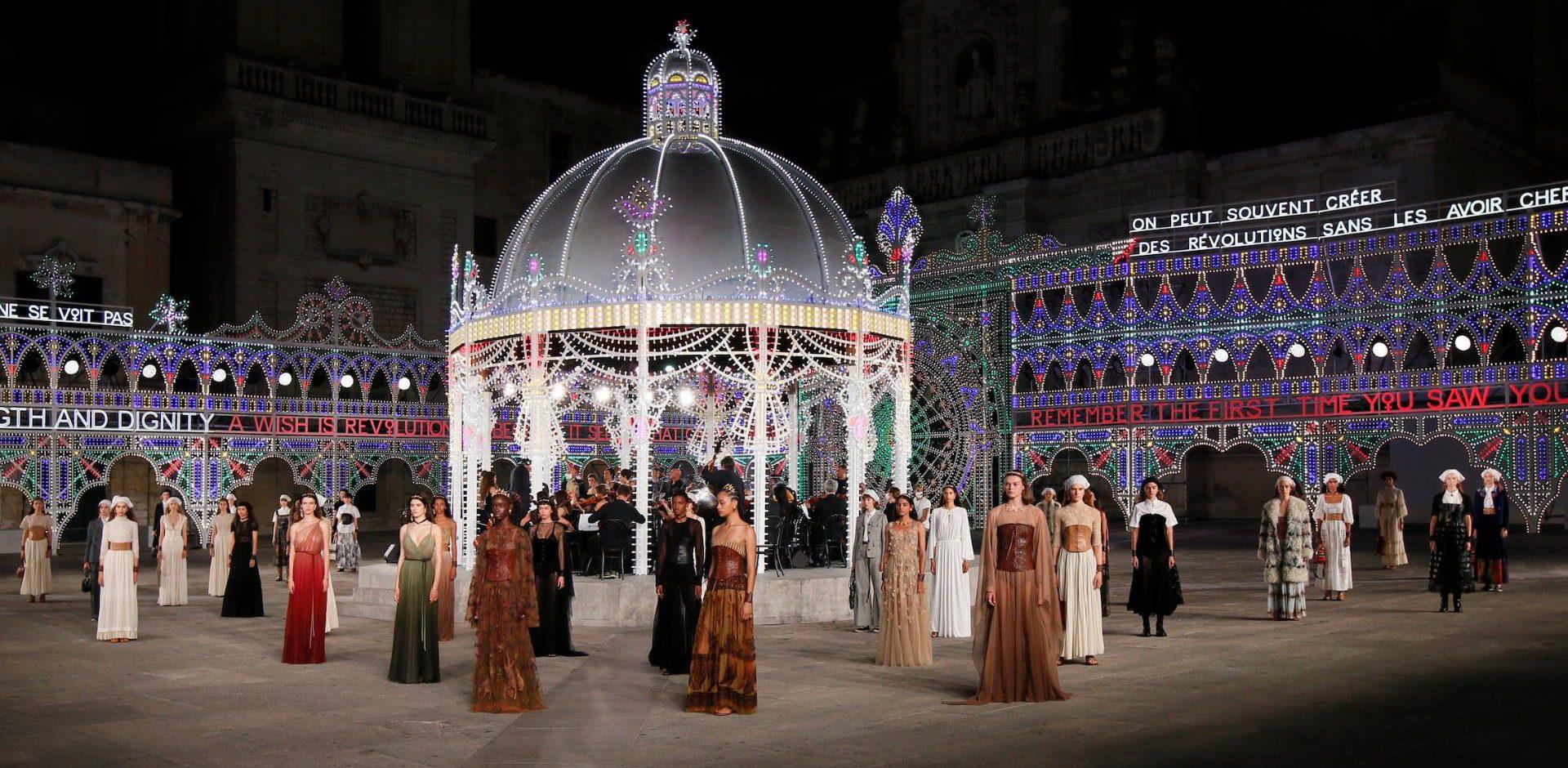 Dior Cruise 2021 - Piazza del Duomo Lecce